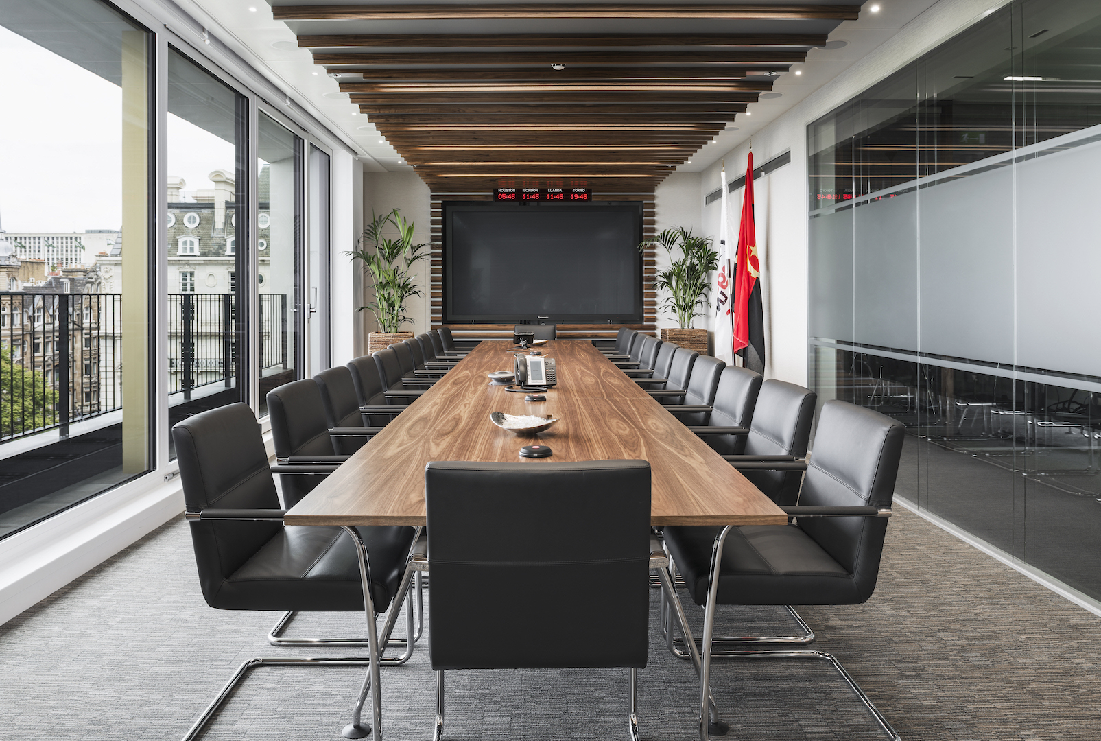 Creative Ideas for Meeting Rooms in the Workplace ...